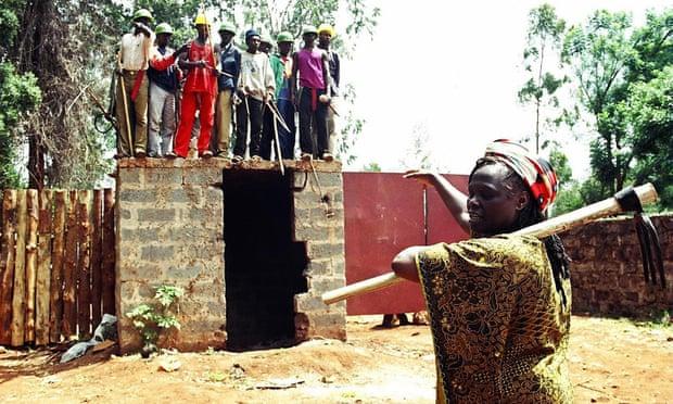 Ανατολική Αφρική σε απευθείας σύνδεση datingο γιος μου βγαίνει με μια χρυσοθήρα.