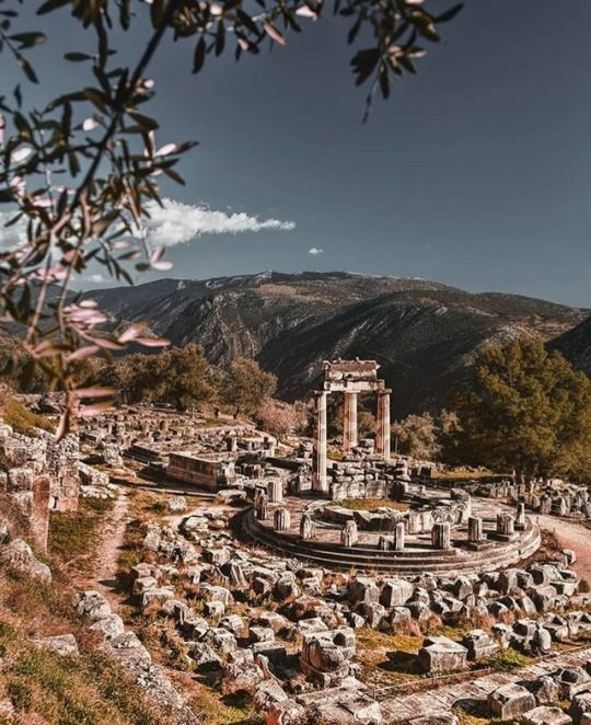 Αγαπητή «Α, μπα»: Θέλω να χτίσω το μέλλον μου στην Ελλάδα
